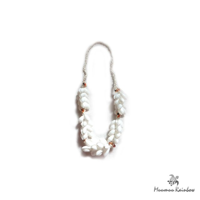F007 White Shell Lei